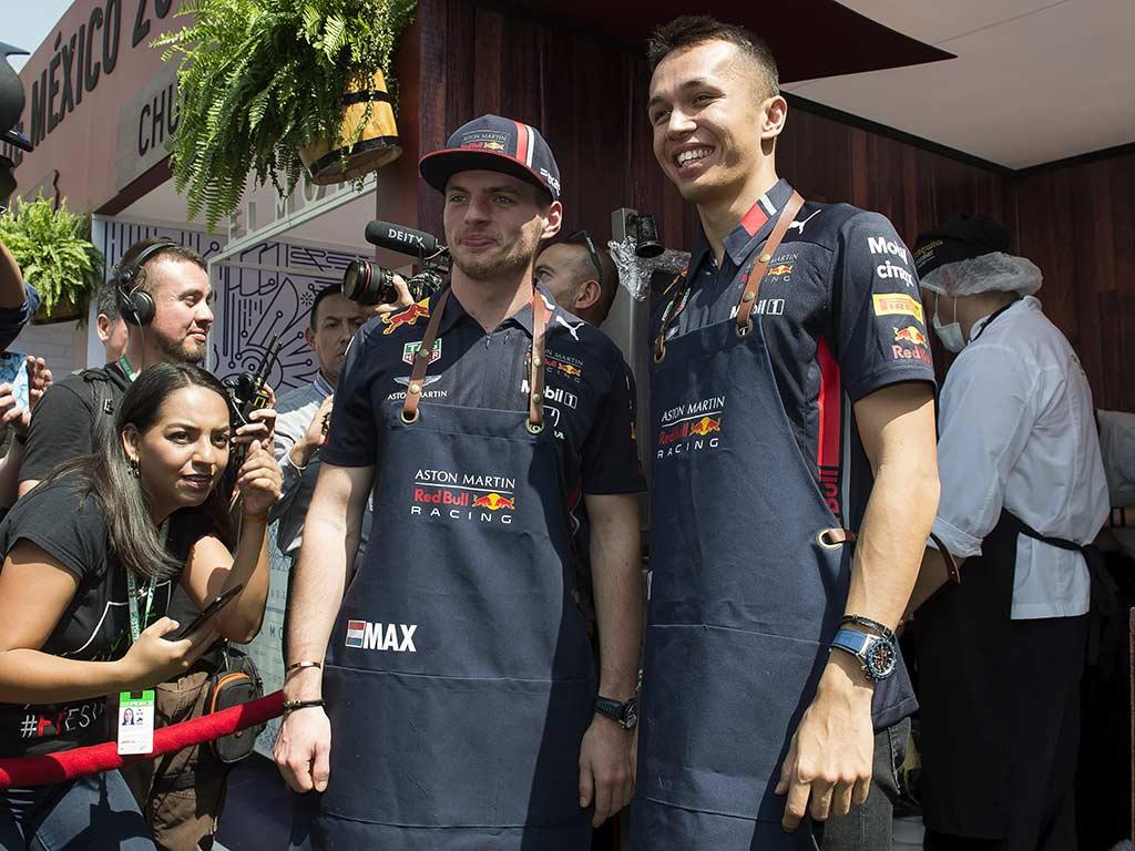 Max Verstappen disfruta México al máximo