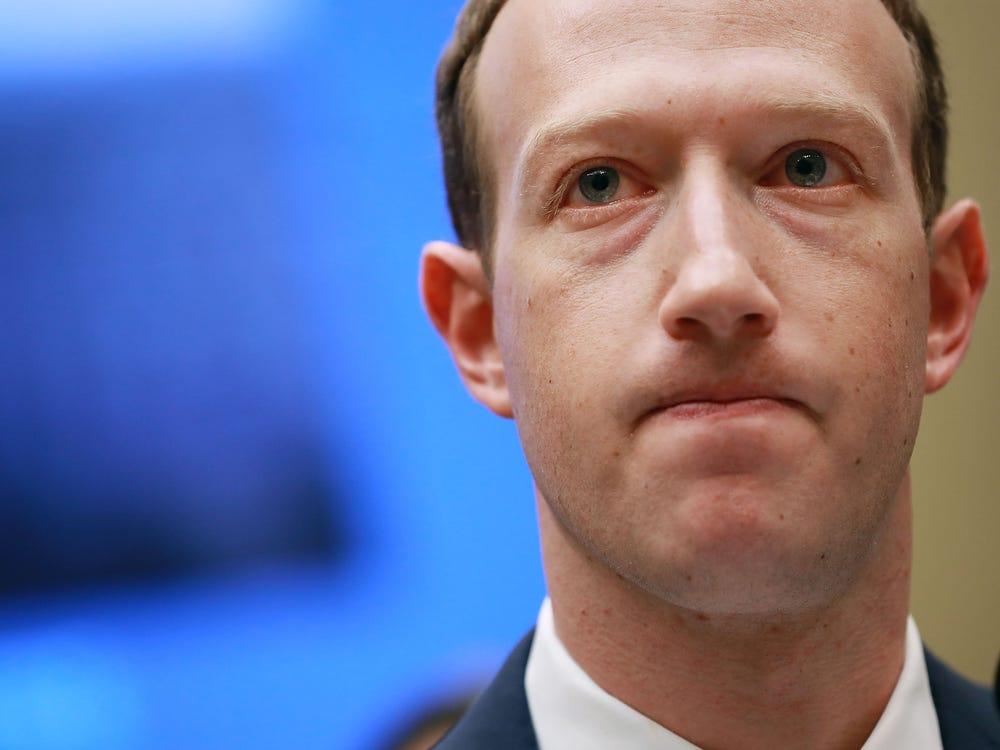 Zuckerberg prepara defensa contra  el cierre de Facebook