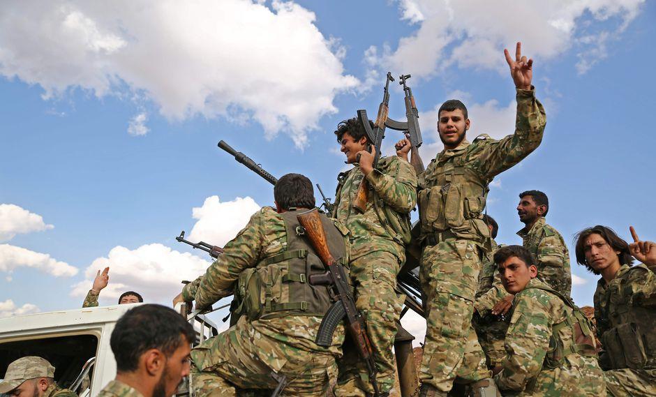 Turquía activa operaciones militares contra kurdos en Siria
