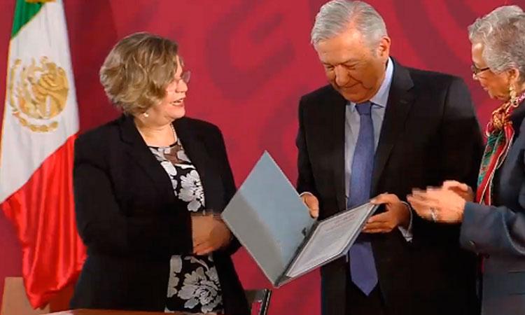 AMLO firma el Acuerdo Nacional por la Igualdad entre Mujeres y Hombres