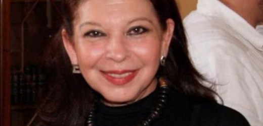 María Teresa deja Bolivia para volar a Lima y regresar a México