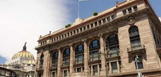 Reservas internacionales cierran el año en 180 mil 749 mdd