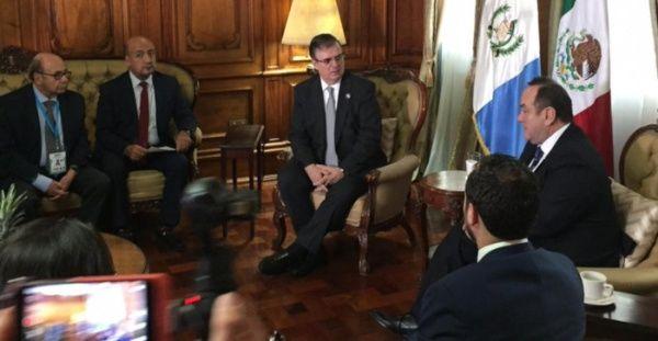 Recibe Presidente de Guatemala al canciller Marcelo Ebrard