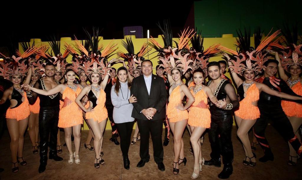Presenta el alcalde el programa del Carnaval de Mérida 2020