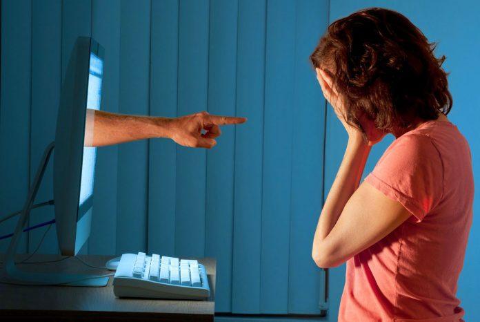 Twitter evitará el acoso en línea
