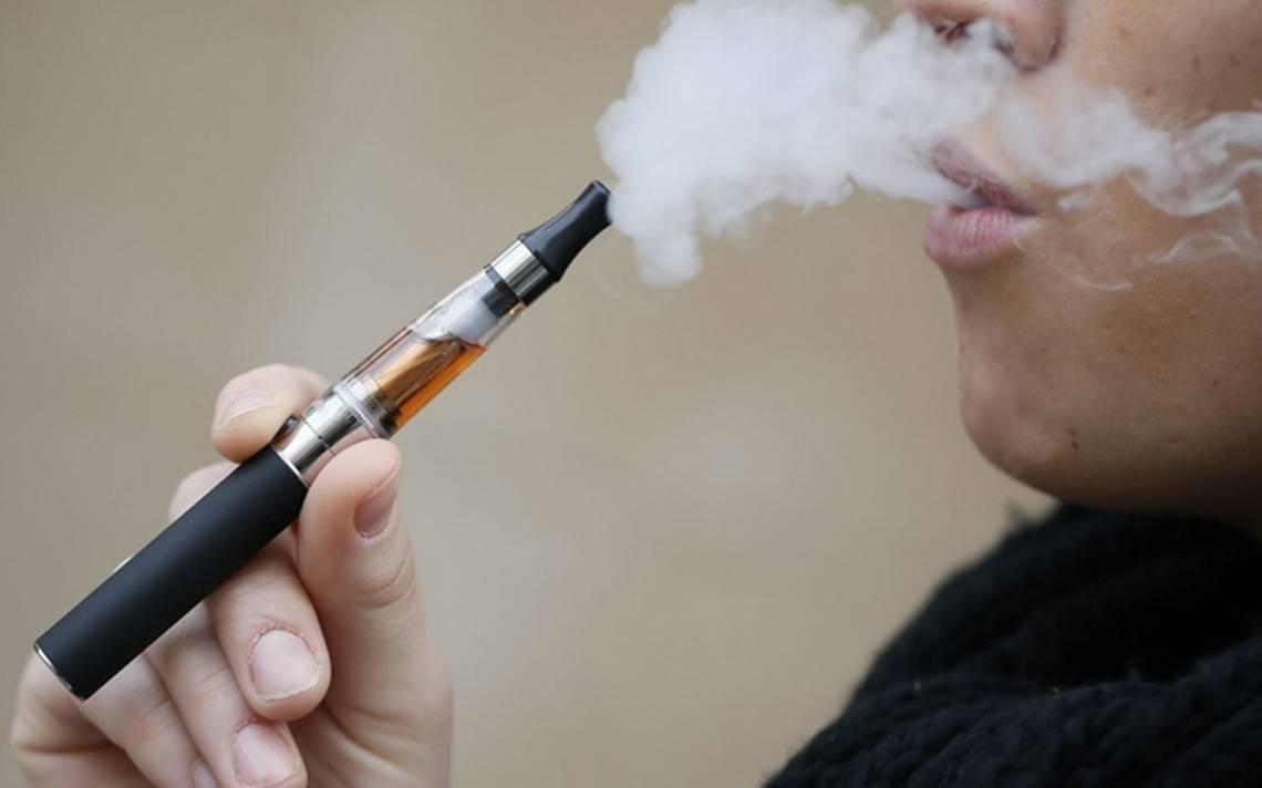 Prohíben importación de cigarros electrónicos por decreto presidencial