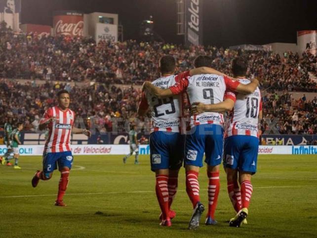 San Luis vence a León