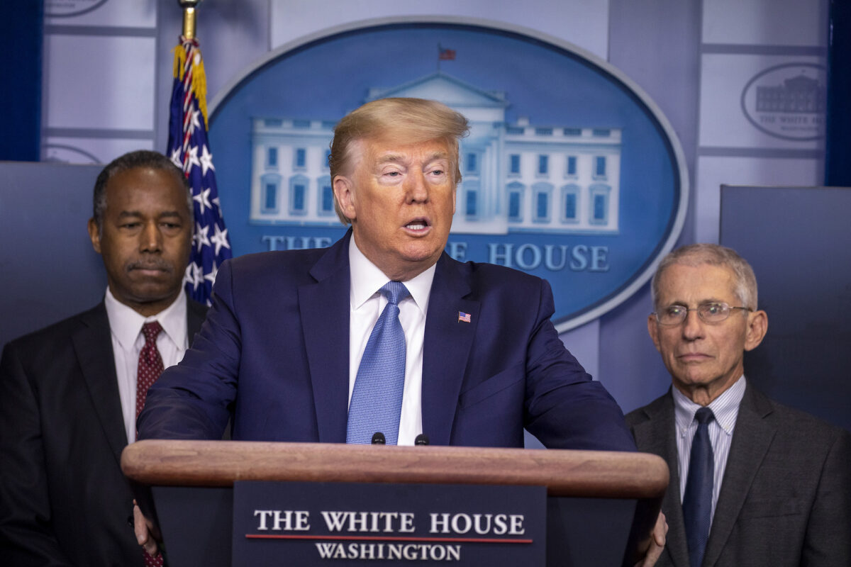 Aprueba Trump ley para que General Motors fabrique respiradores