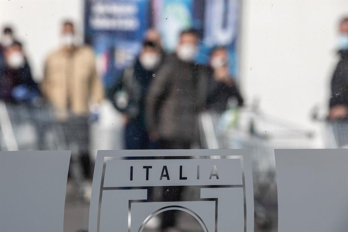 Alista Italia 'ejército' sanitario en lucha contra Covid-19