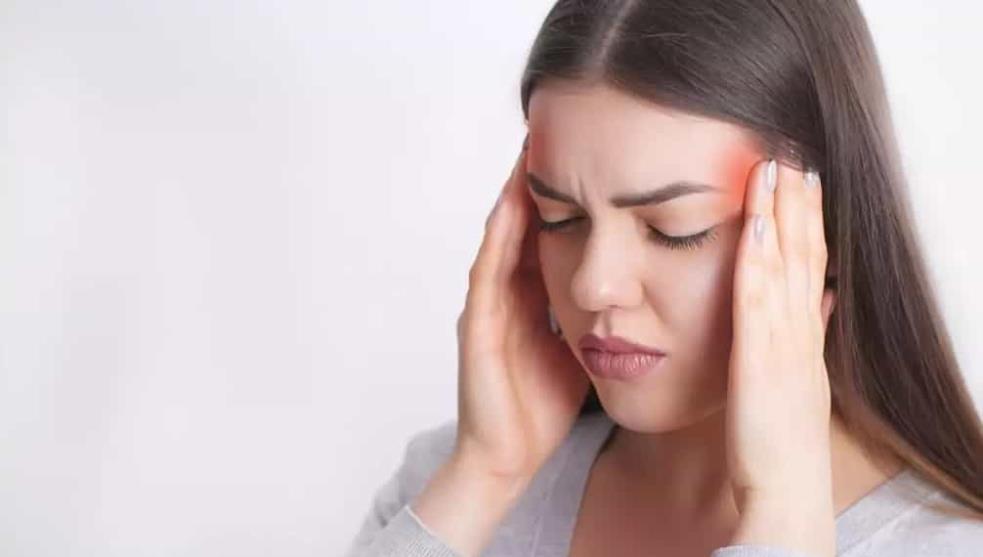 5 remedios para el dolor de cabeza que no incluyen pastillas