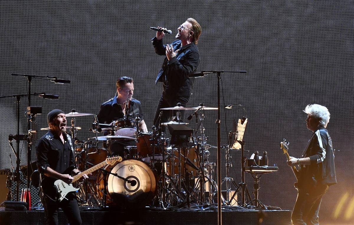 U2 dona 10 millones de euros para combatir coronavirus