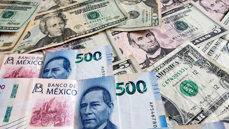 Dólar baja 0.70% hacia la barrera de los $24