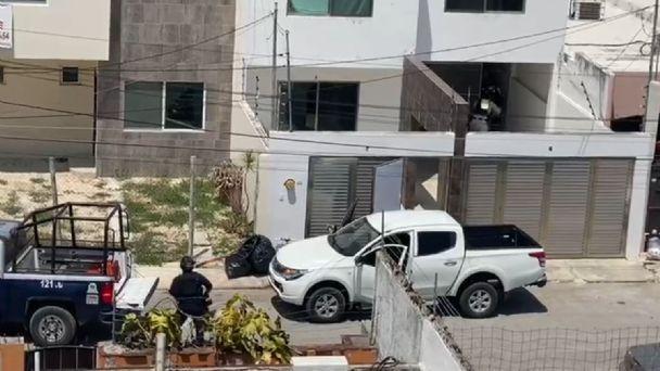 Fuerte enfrentamiento en Cancún entre policías y presuntos criminales detienen a 11