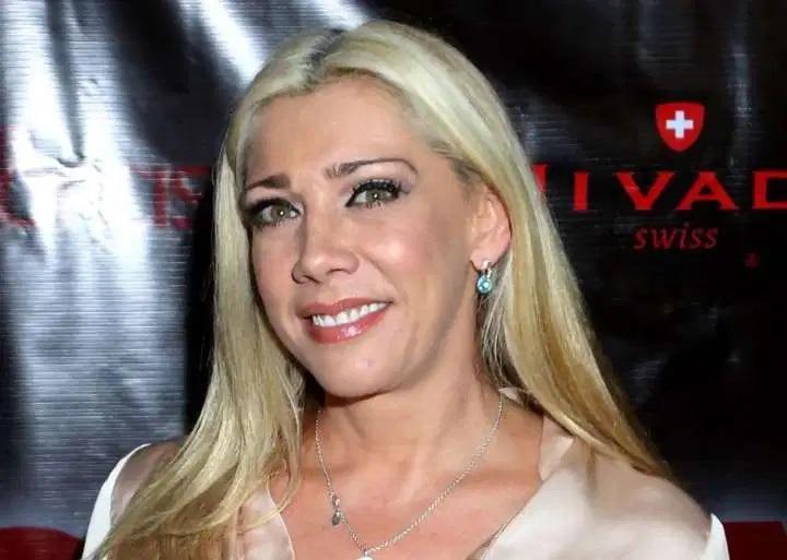 Televisa despide a Cynthia Klitbo